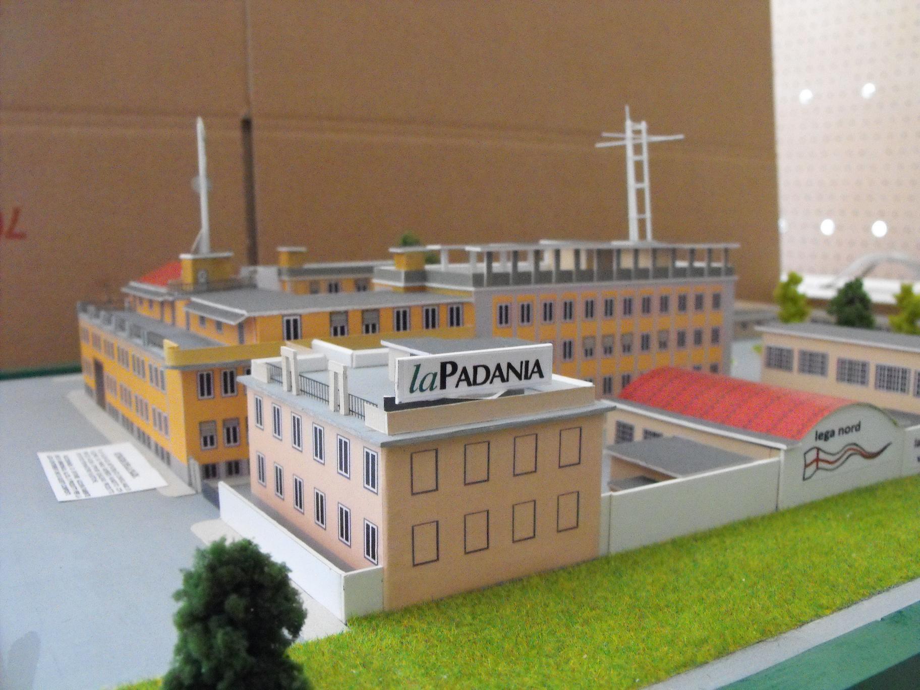 Plastico Architettonico scala 1:200 Via Bellerio , 41 Milano Sede Lega Nord